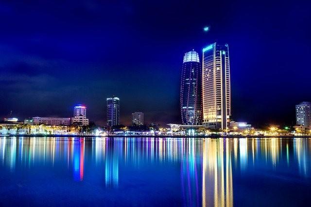 Thành phố Đà Nẵng về đêm