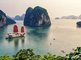 Vé máy bay đi Quảng Ninh