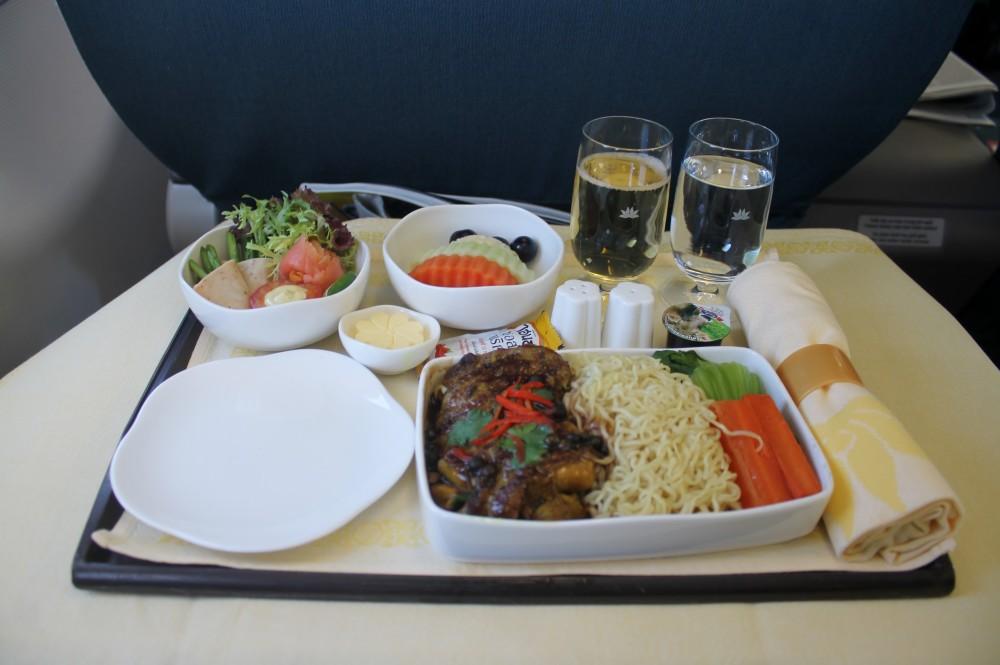 suat-an-tren-vietnam-airlines