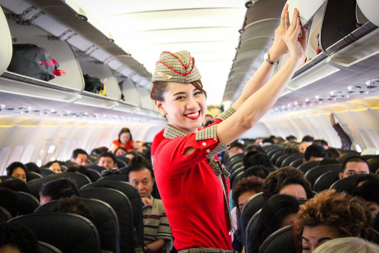 So sánh Vietjet và Vietnam Airline