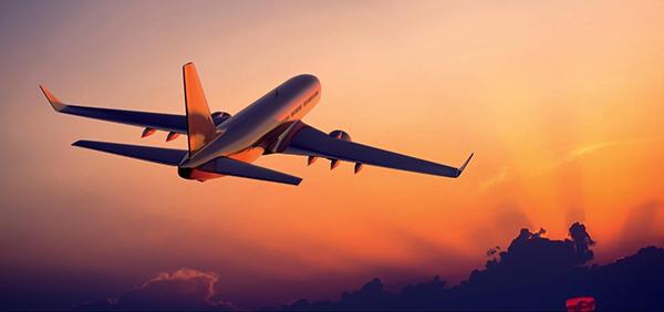 Vé máy bay giá rẻ tháng 4