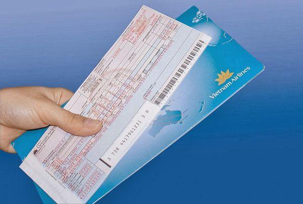 Đổi vé máy bay Vietnam Airlines mất bao nhiêu tiền